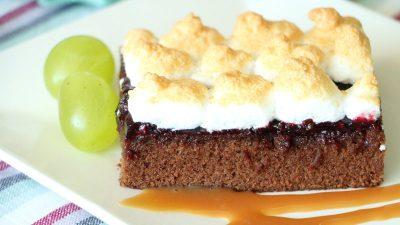 Karamell Brownies mit Baiserhaube